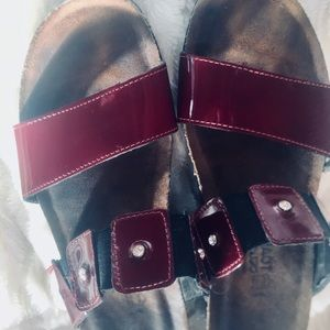 Naot red patten leather sandals